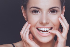 Your Albuquerque cosmetic dentist discusses the different options for improving your smile.